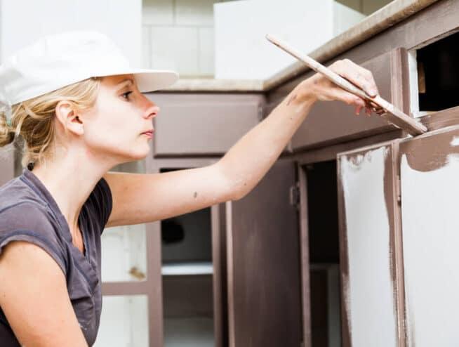 cabinet-painting-lady-handyman